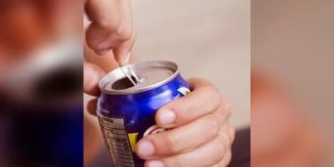 Soda et sucre : les canettes de soda contiennent beaucoup