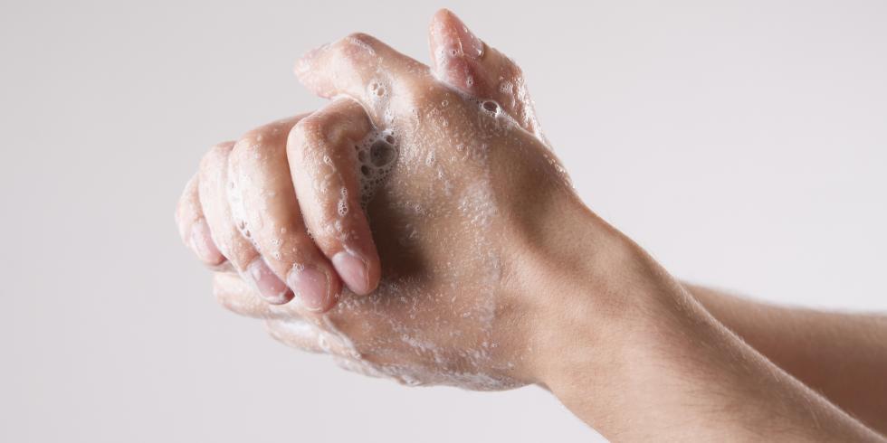 quelle est la bonne temp rature pour se laver les mains e e sant. Black Bedroom Furniture Sets. Home Design Ideas