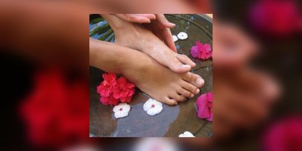 Bain de pieds et soins des pieds e e sant for Bain de pied maison corne