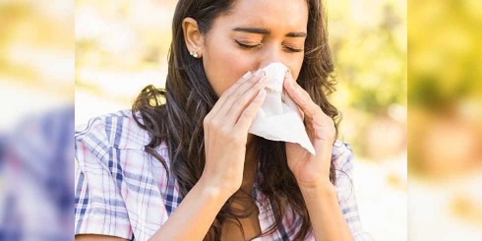 nez qui coule rhume rhinite les soins de la peau et des muqueuses du nez e e sant. Black Bedroom Furniture Sets. Home Design Ideas