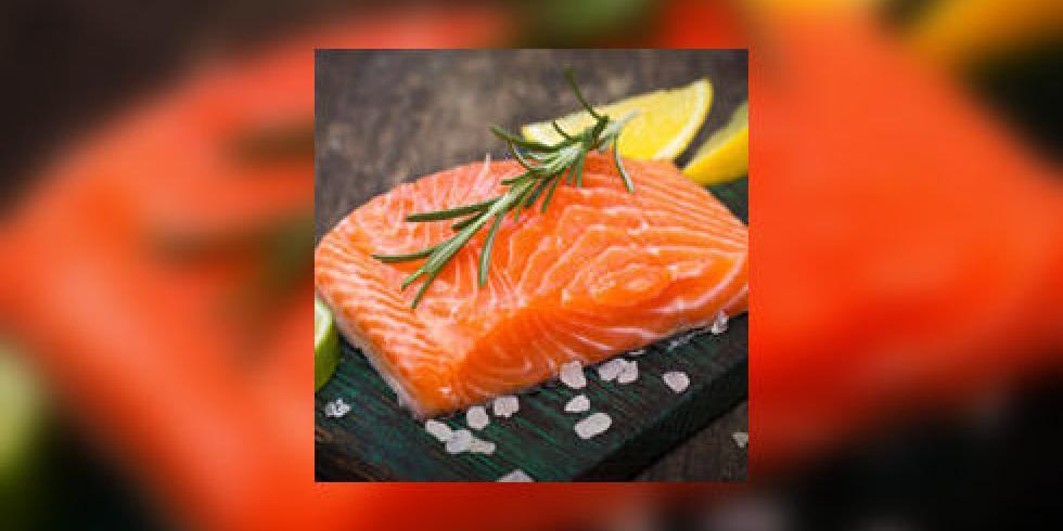 peut on encore manger du saumon par paule neyrat e. Black Bedroom Furniture Sets. Home Design Ideas