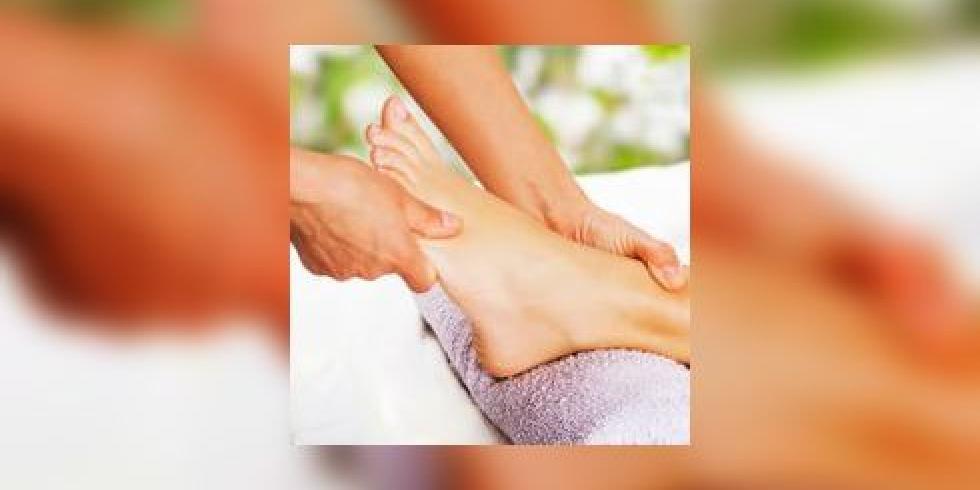 Spa des pieds bain de paraffine hydratation gommage et - Soins des pieds maison ...