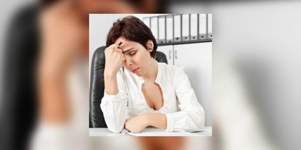 syndrome pr menstruel spm sympt mes du syndrome pr menstruel arriv e des r gles e. Black Bedroom Furniture Sets. Home Design Ideas