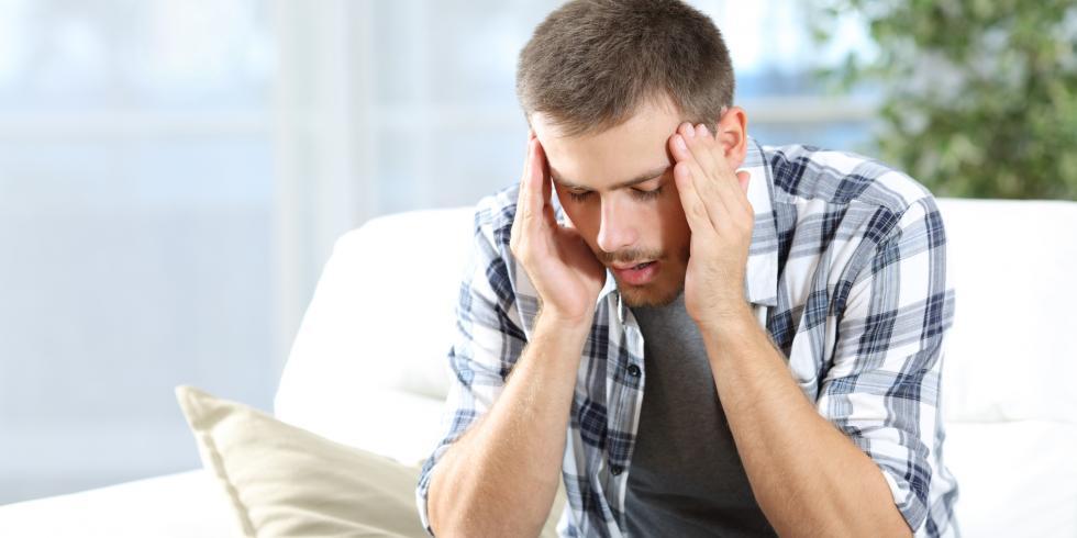 mal de t te quelles sont les causes des maux de t te e e sant. Black Bedroom Furniture Sets. Home Design Ideas